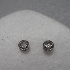 Diamond Solitaire Stud Round Earrings